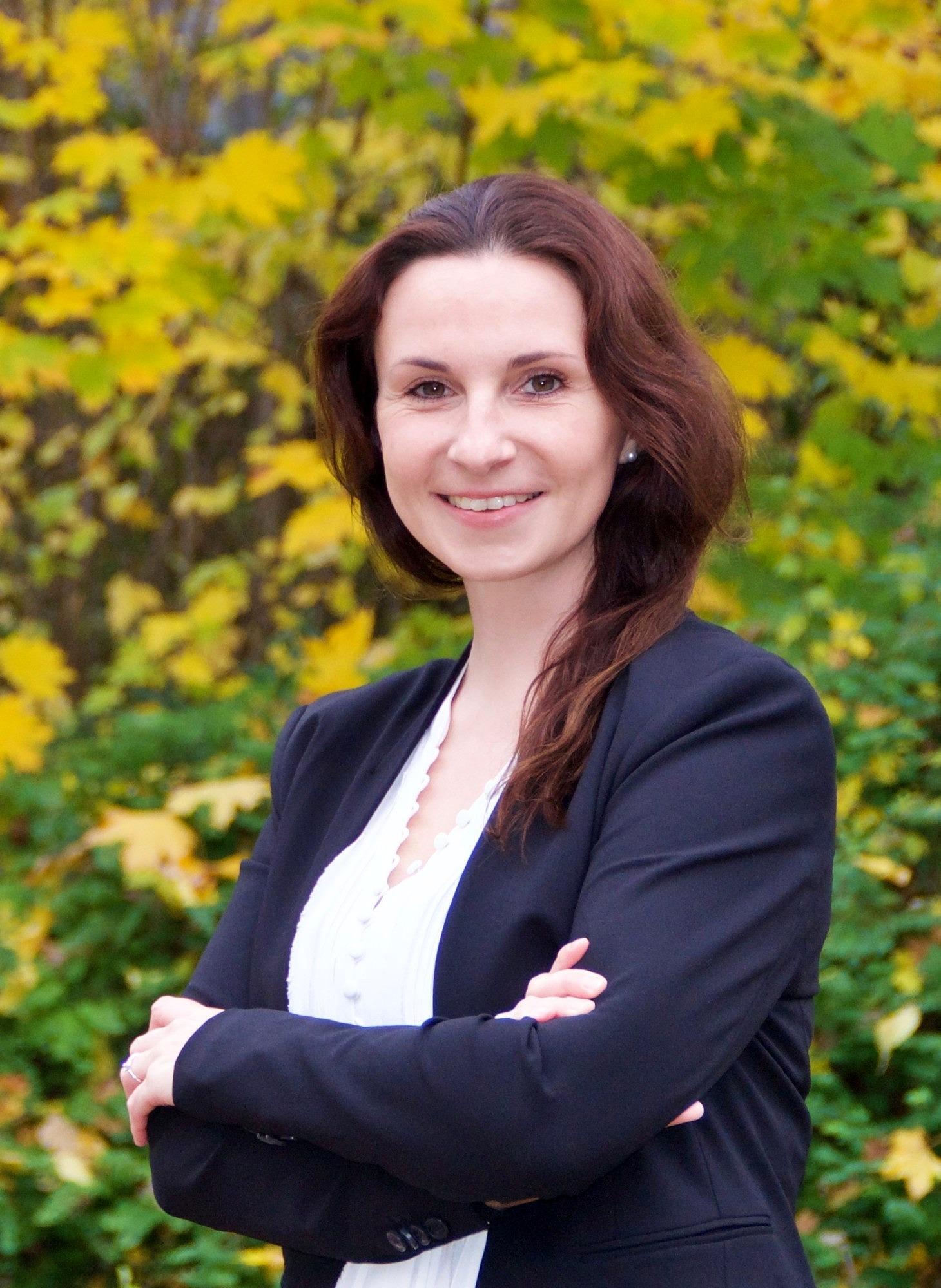 Dr. Nicole Hauke